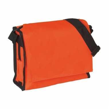 Oranje schoudertasje 26 cm